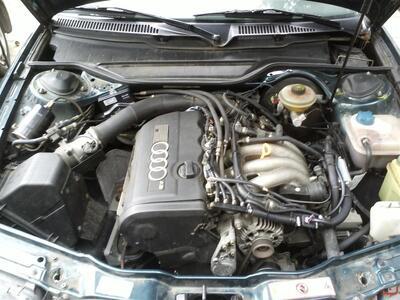 Audi 100 1,8L